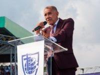 Políticos responden a Ezequiel Molina; creen recurre al extremismo religioso