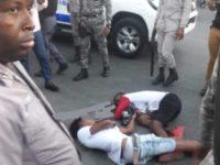 Denuncian agentes PN mataron dos jóvenes se encontraban esposados, en La Romana