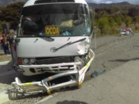 Choca Guagua y camioneta; Autoridades investigan causas accidente por Los Ranchitos de Ocoa