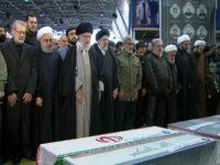 Irán celebra funeral masivo por el comandante asesinado y su sucesor jura venganza