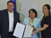 UASD recibe patente por descubrimiento molécula contra el cáncer