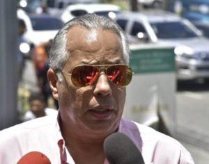 En cuidados intensivos el cronista deportivo Leo López, vocero de David Ortiz